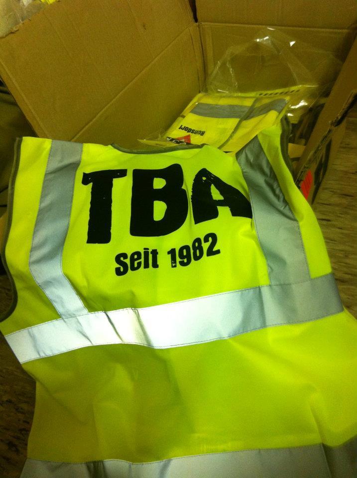 tba2012_001